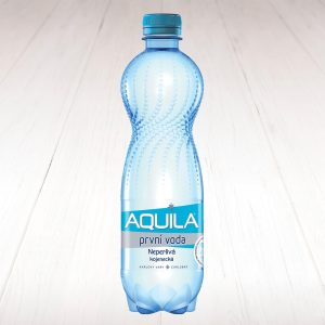 Aquila neperlivá 0,5l